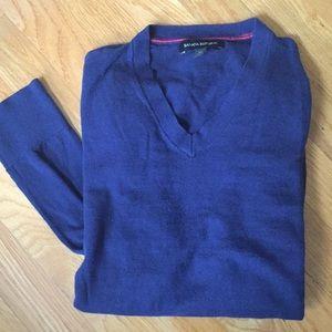 Banana Republic Navy V-Neck Long Sleeve Sweater